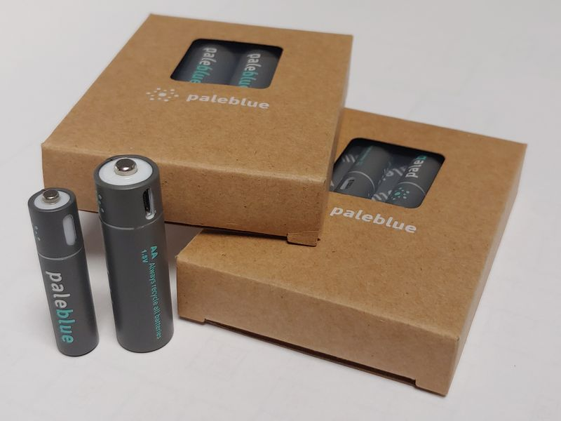 Pale Blue USB Rechargeable Lithium Battery review