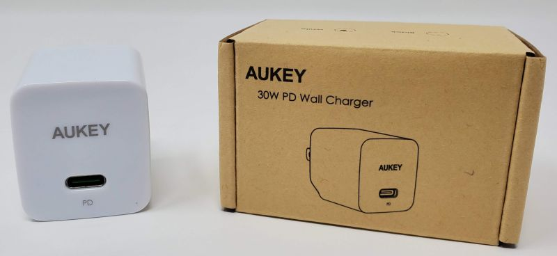 Aukey Minima 30 Watt Wall Charger Review – The Gadgeteer