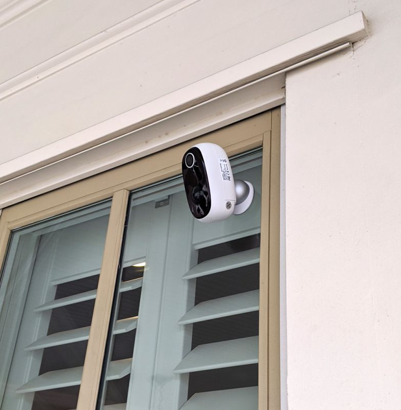 MECO wireless outdoor security camera 2