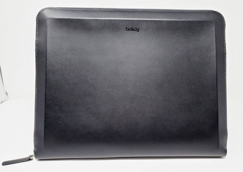 Bellroy Tech Folio front view