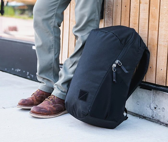 EVERGOODS CHZ22 is a low profile backpack for office, trail, or travel