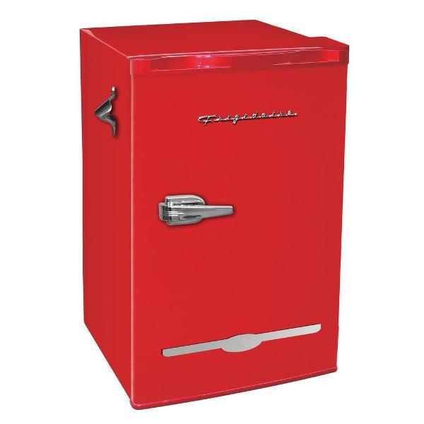 retro frigidaire mini fridge 01