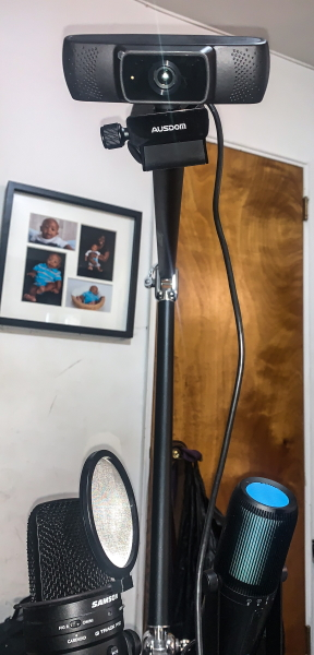 Ausdom 1080P Webcam 8
