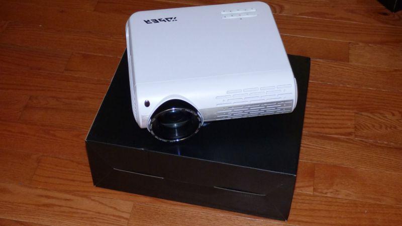 Yaber Y30 Projector 14