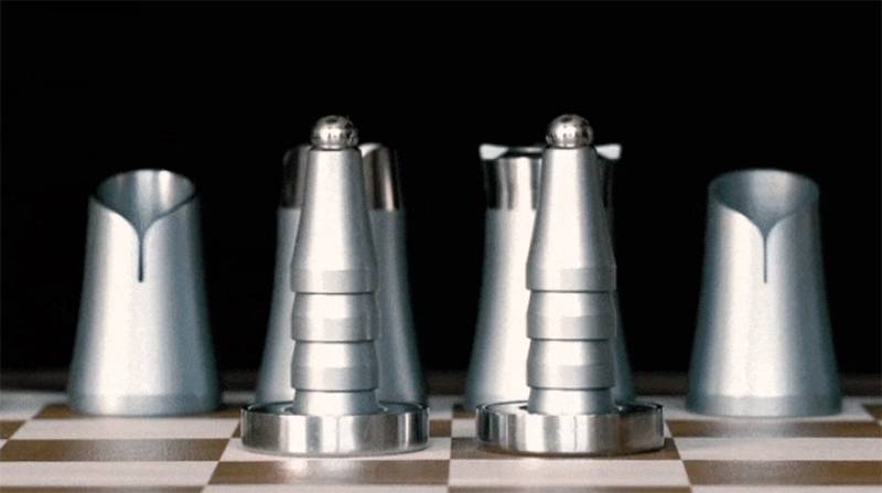 crownes chessset 1