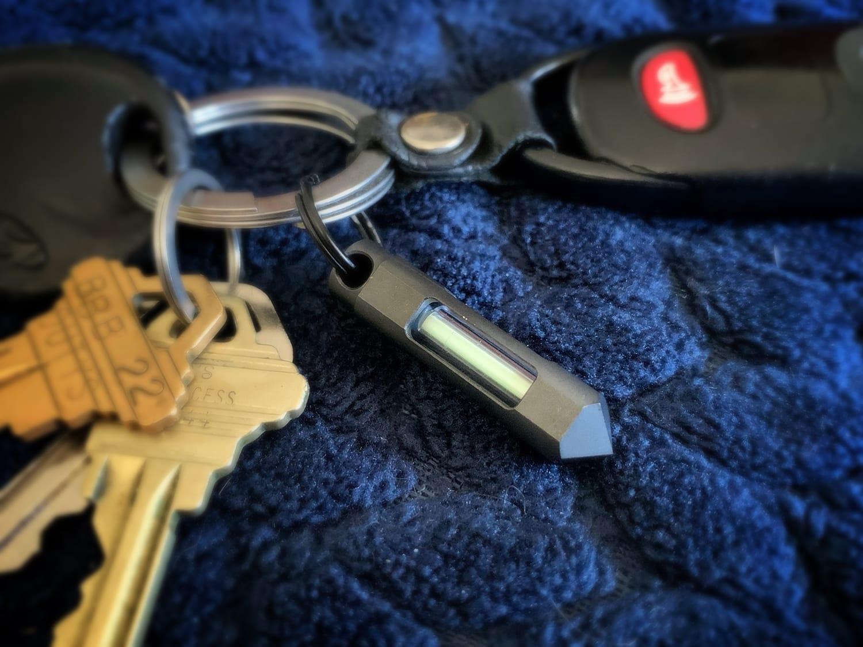 glowrhino tritium keychain kickstarter 01