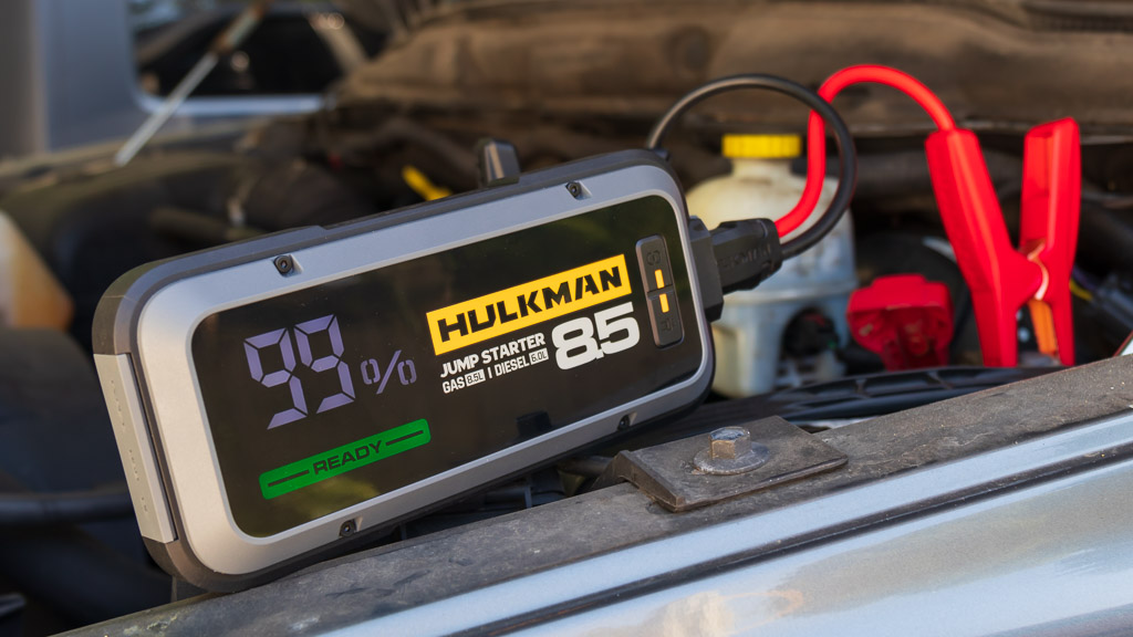 Hulkman Alpha 85S Jump Starter review – A smart jump starter for your vehicle