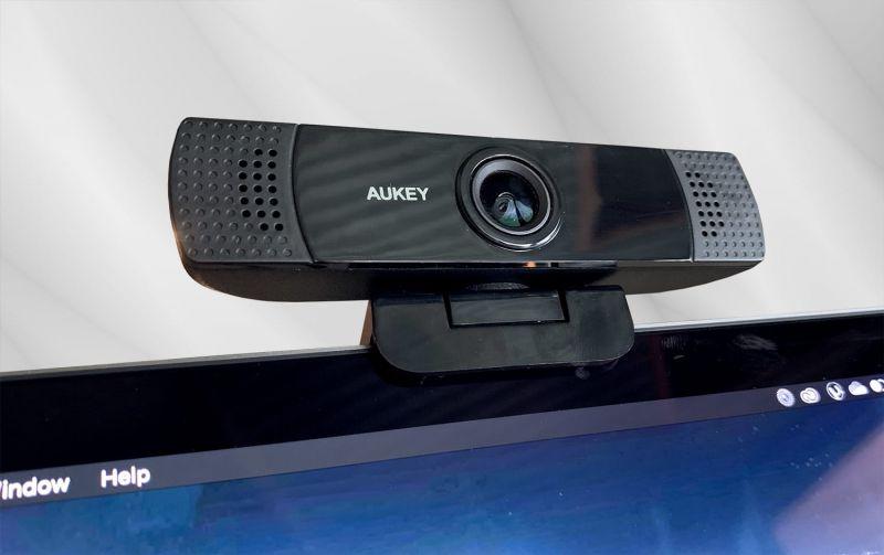 AUKEY FHD Webcam reivew 04