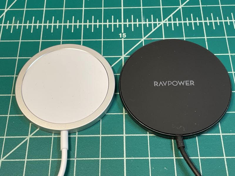 RAVPower Magnetic Charger 04
